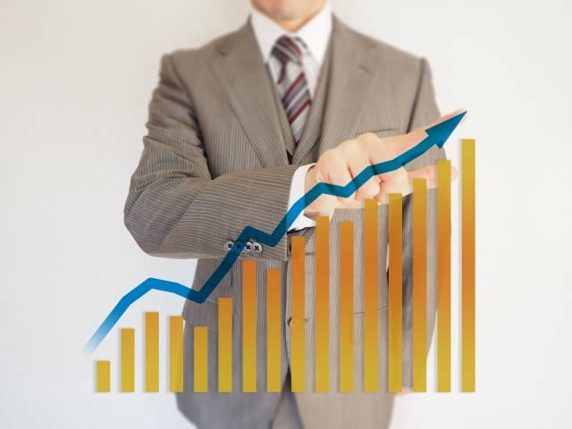 日本の生産性が低いのはなぜか?生産性を向上すべき理由と4つの改善策 | Senses Lab. | 3