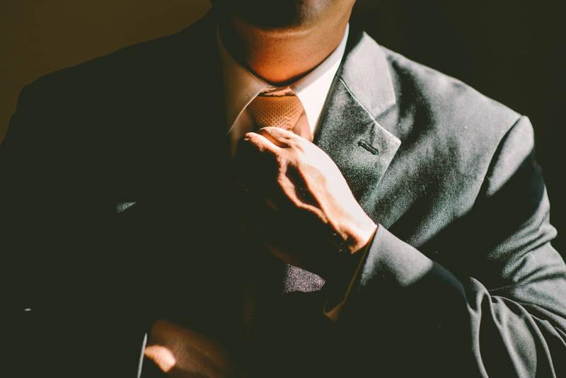 営業の属人化を解消するには?営業の見える化と情報共有のための施策 | Senses Lab. | 3