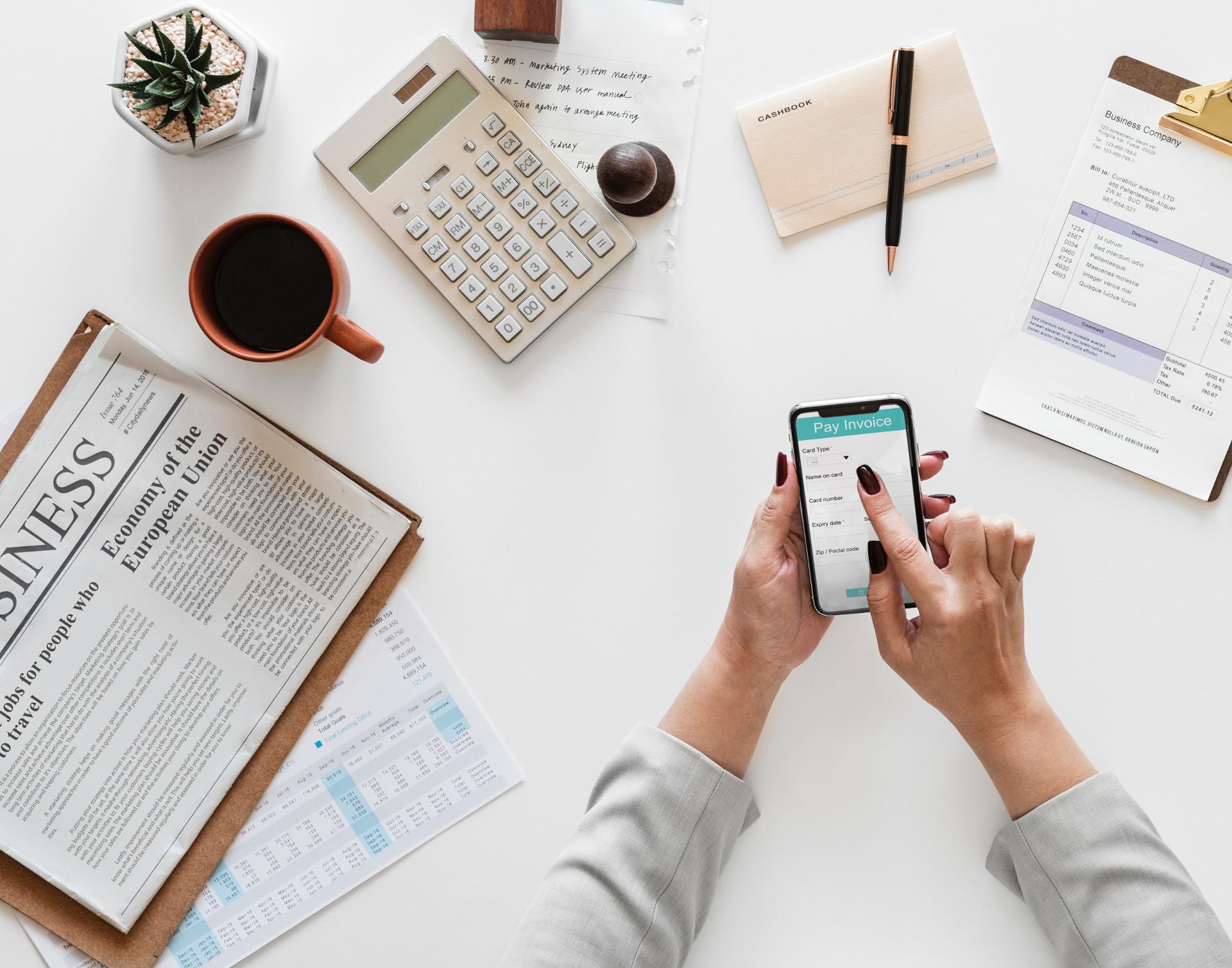 適切な顧客管理方法とは?4つの顧客管理方法とそのメリットをご紹介| Senses Lab. |top