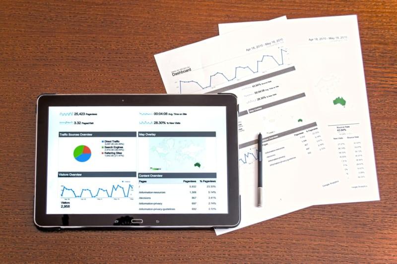 営業のデータドリブンを成功に導くツールとは?|購買プロセスの変化と対応策|Senses Lab.|1