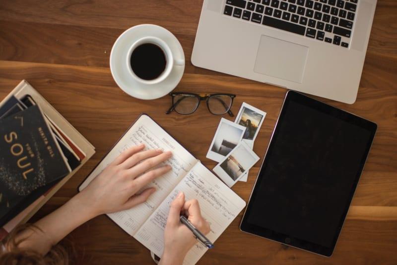 営業同行のポイントとは?|新人営業と営業マネージャーが意識すべきこと|Senses Lab.|2