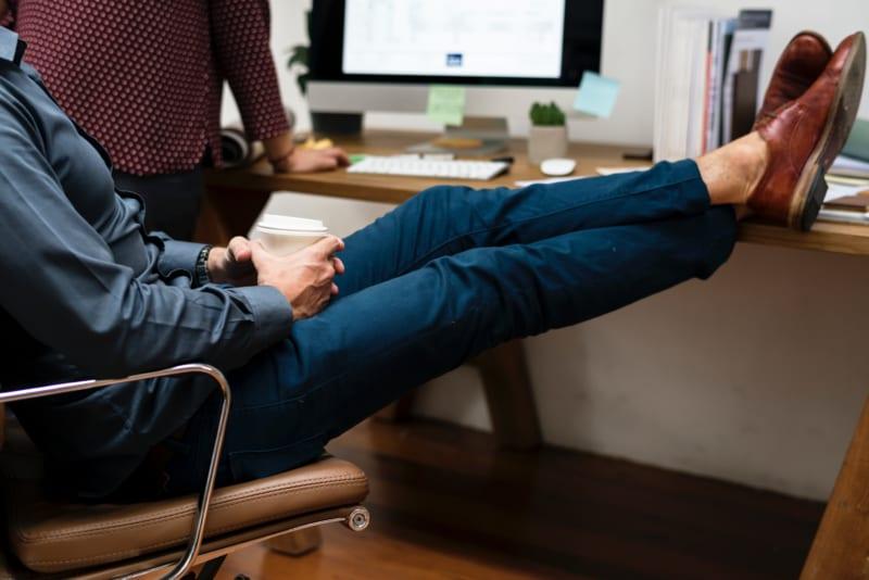 営業がうざいと感じられる理由5選|心当たりはありませんか?|Senses Lab.|3