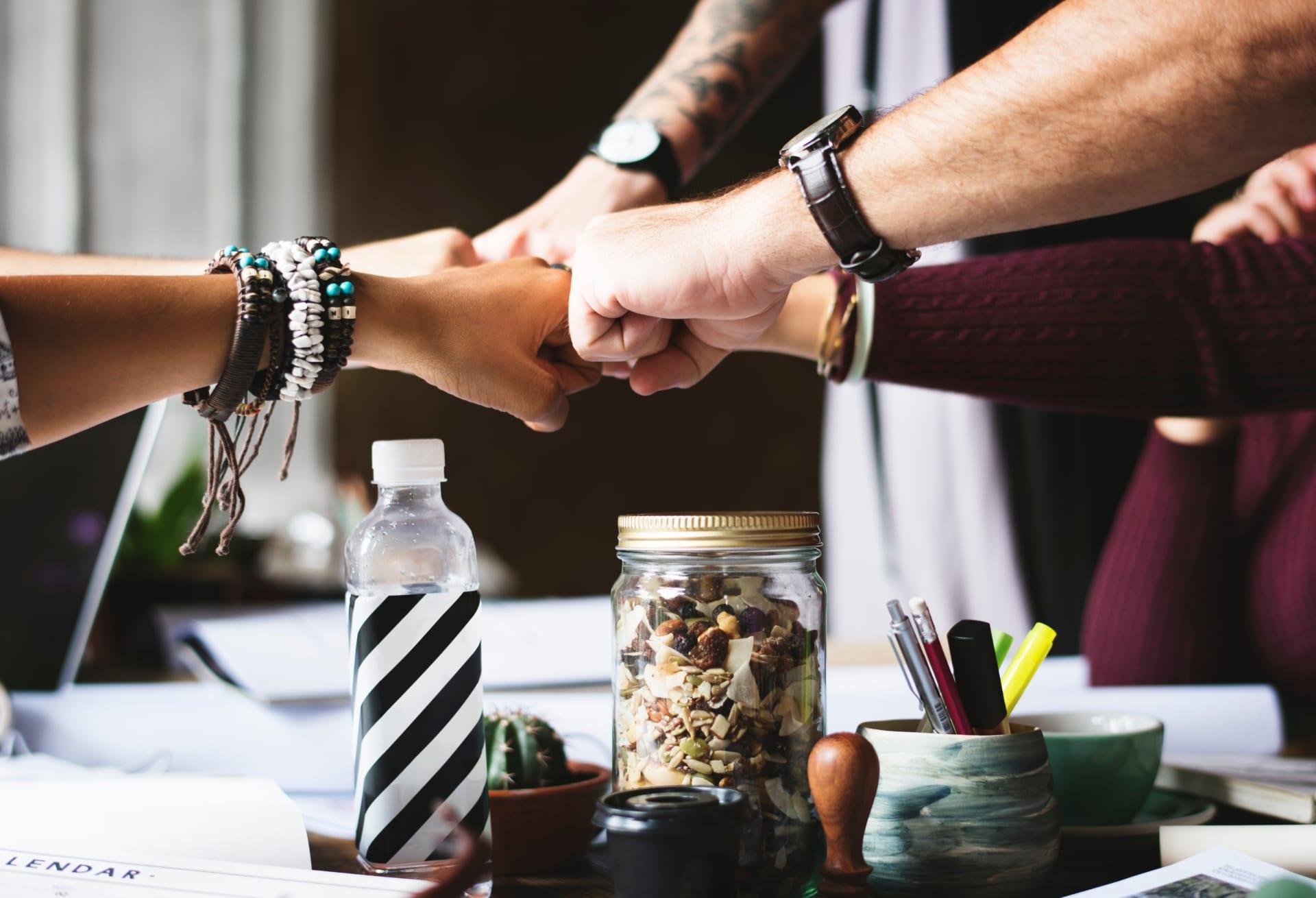 新しい営業組織・会社組織とは?|ホラクラシーの導入による効果|Senses Lab.|top
