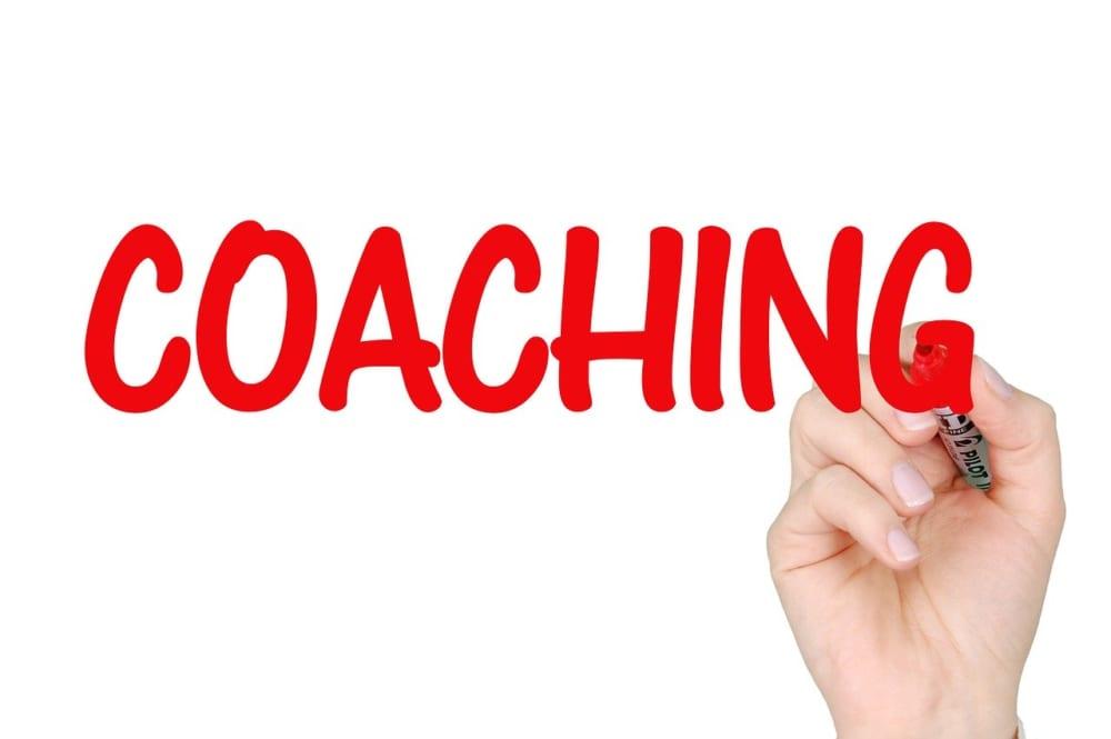 営業(セールス)コーチングの意味と活用方法とは?|営業組織強化の第一歩|Senses Lab.|1