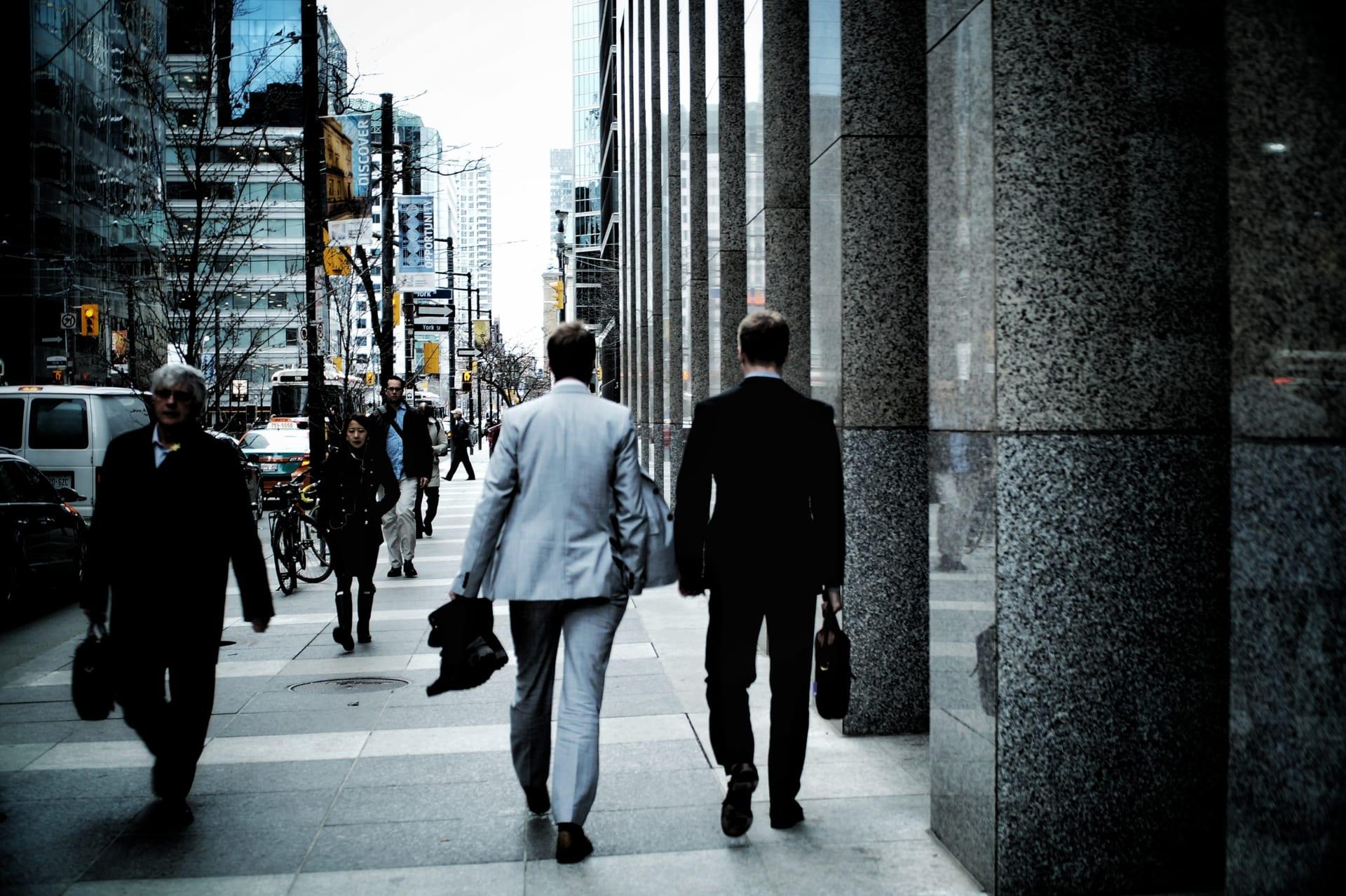 VUCA(ブーカ)時代に必要な営業スキルとは?|混沌の中のサバイバル術| Senses Lab. |top