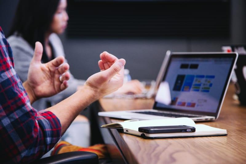 営業のトークスクリプトを磨く方法|導入ステップとツール |Senses Lab.|1