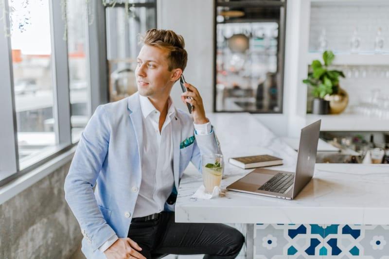 2021年の営業トレンド8つ|テクノロジーの駆使と顧客体験の重視 | Senses Lab. | 4