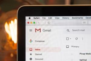 Gmailのショートカットキー26選!Gmailを便利に使いこなすコツ | Senses Lab. | アイキャッチ